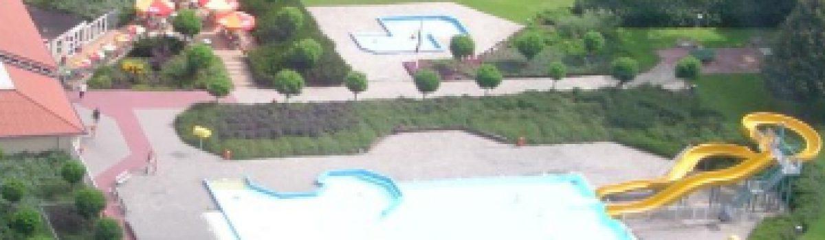 Zwembad de Leewal